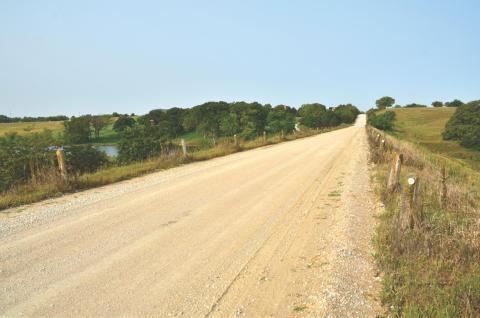 stretch of stagecoach road, near sw 2nd street