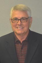 Headshot of Larry Ruth